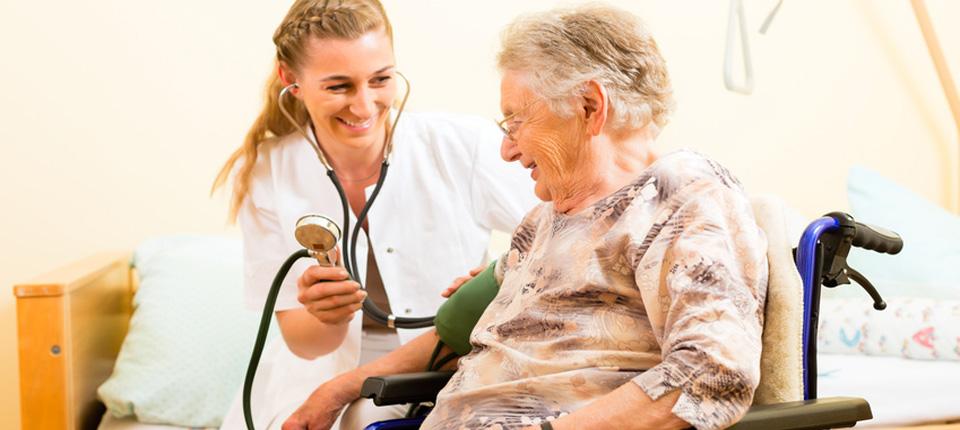 Altenpflegehelfer m/w/d zur ambulanten Pflege in München gesucht,München