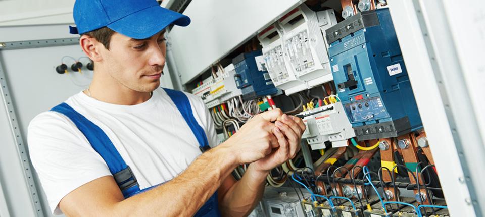Mitarbeiter m/w/d Montage und Prüfung von elektr. Geräten in München